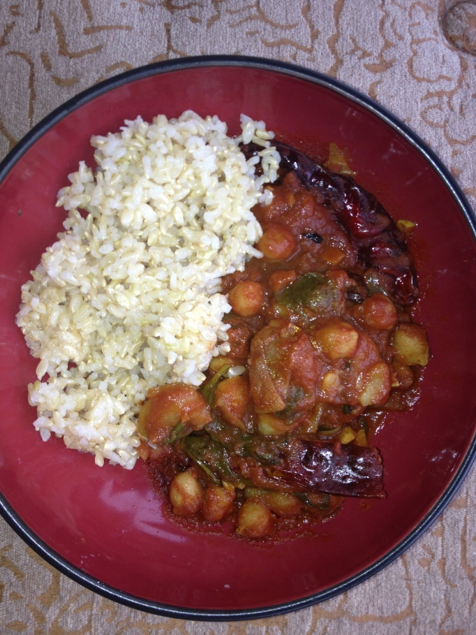 chana masala - chickpeas in curry spiced tomato sauce