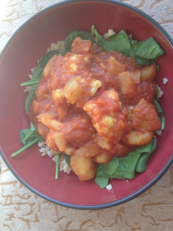 Fat-free cauliflower potato curry