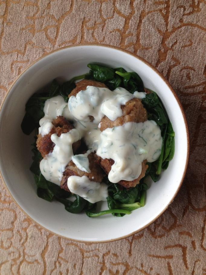 meatballs with yogurt sauce