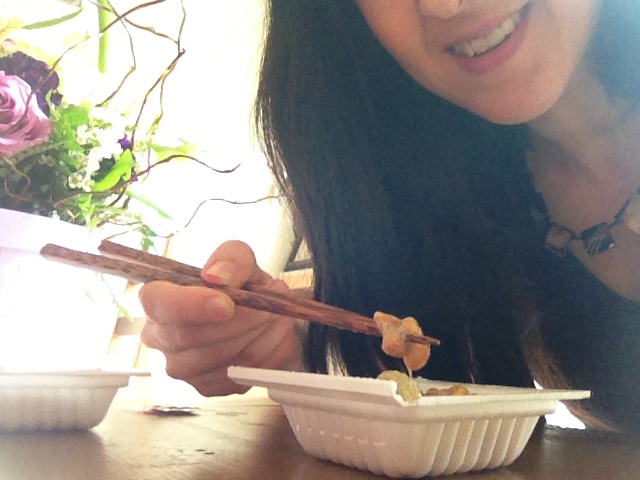 Eating natto