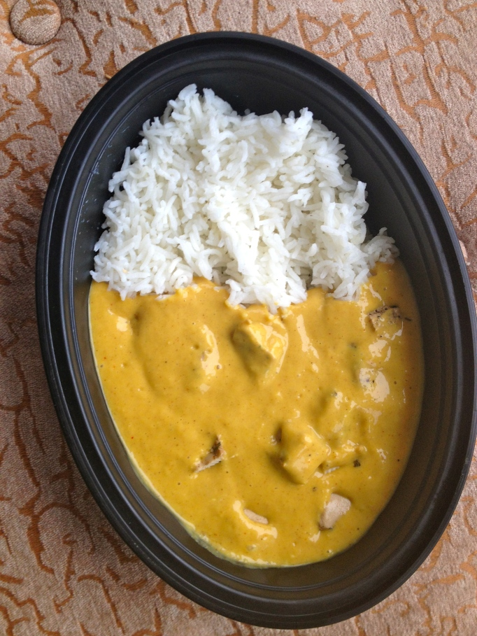 vegan mango curry with vegan chicken