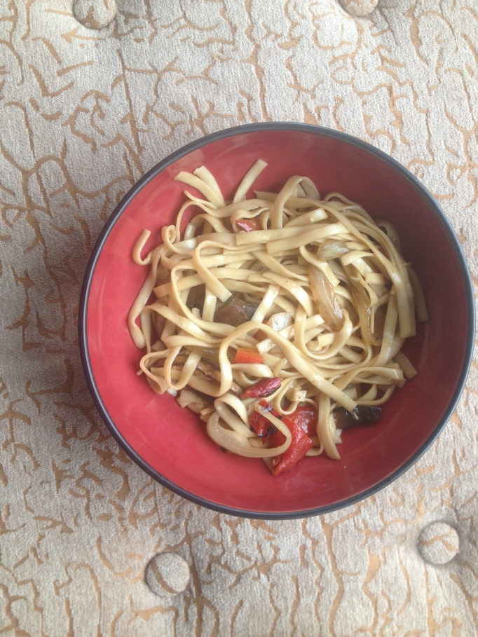 vegan mushroom red pepper noodles