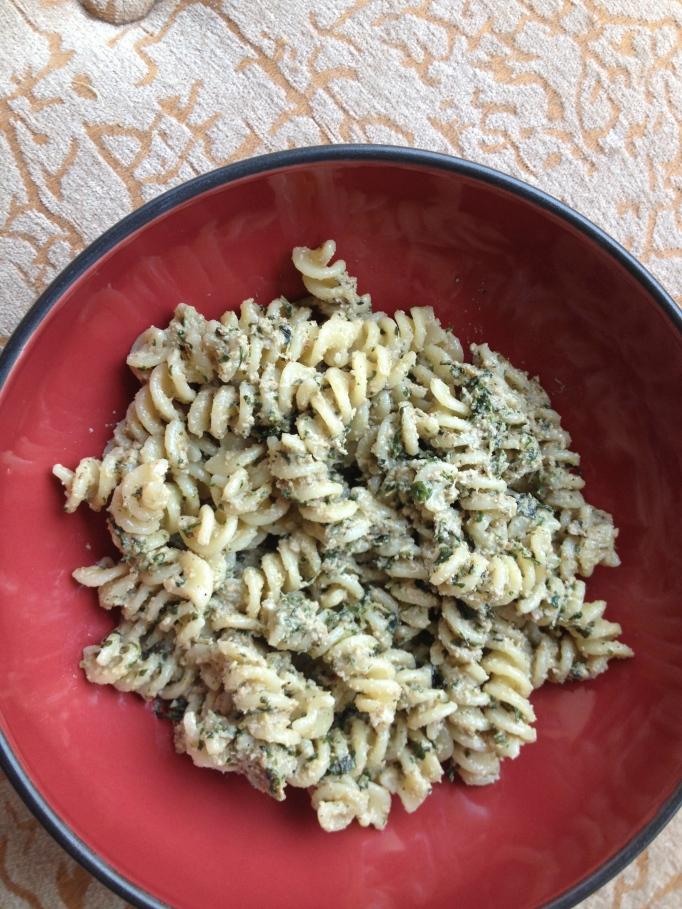 vegan walnut pesto noodles