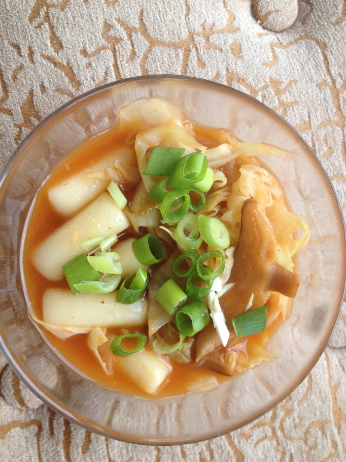 vegan tteok stew, korean rice cake stew