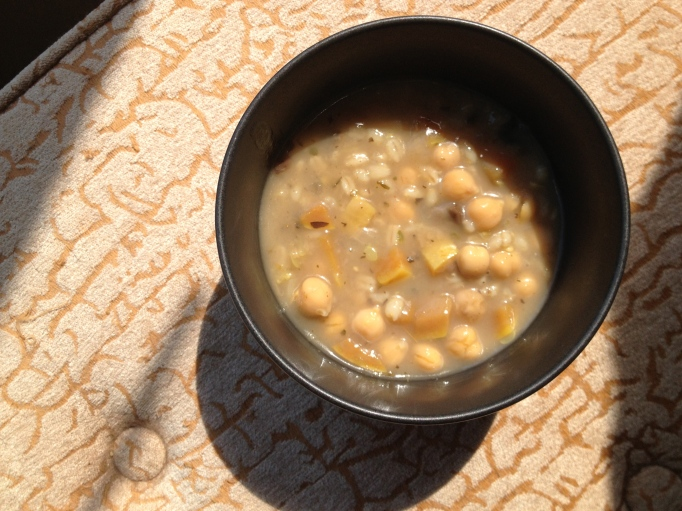 vegan mushroom barley stew