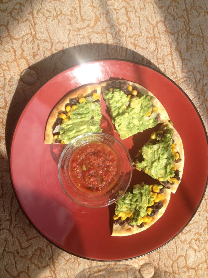 black bean vegan guacamole pizza