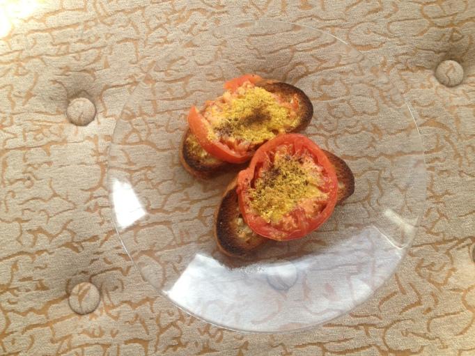 vegan tomato toasts